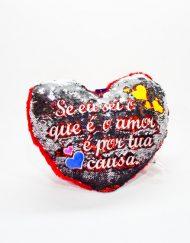 Almofada Coração Lantejoulas